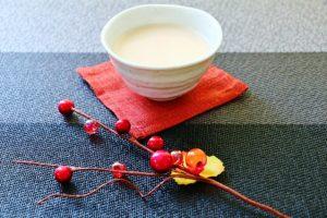 甘酒で米麹と酒粕の違い